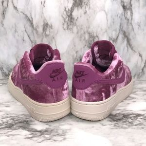 NEW Nike Air Force 1 Low Velvet Berry NWT